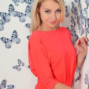 Oksana (33 years old) | ID 001