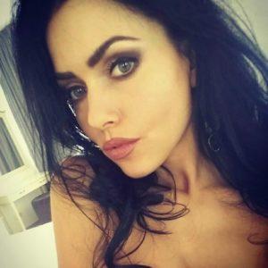 Elena (30 years old) | ID 023