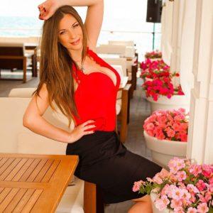 Mariana (36 years old) | ID 050