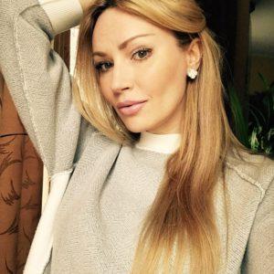 Elena (42 years old) | ID 073
